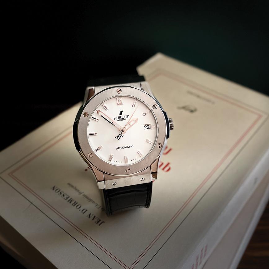 Montre homme de luxe Hublot classic fusion cadran blanc d'occasion bastia paris