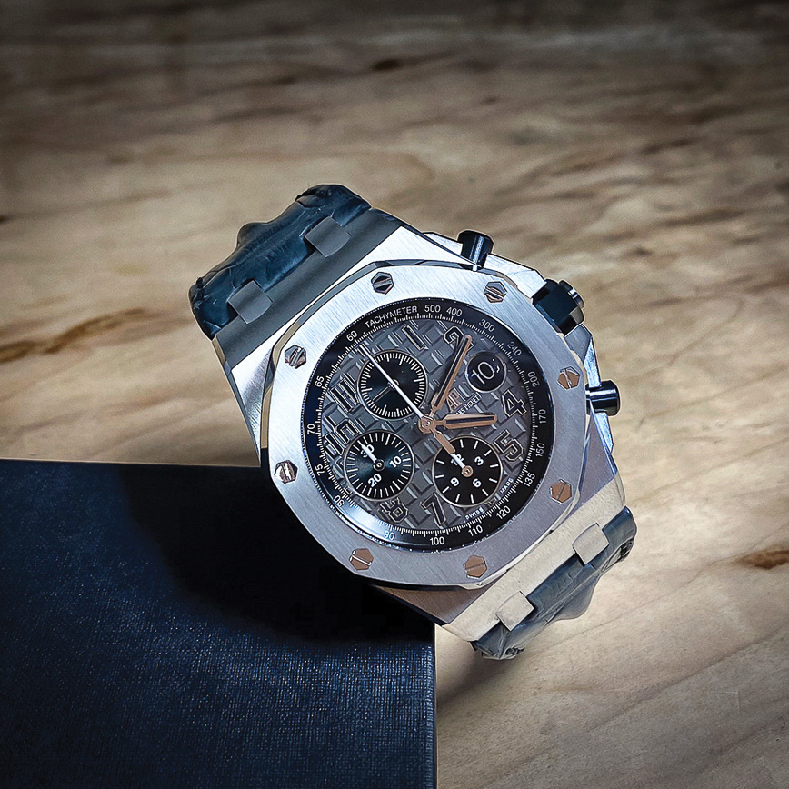 Montre homme de luxe Audemars Piguet Royal Oak Chonograph offshore 42mm Elephant, Bastia, Paris