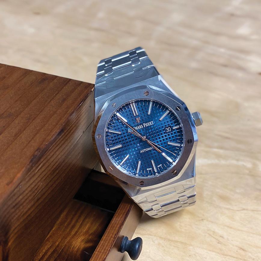 Montre homme Audemars Piguet Royal Oak 41mm cadran bleu - Corse, Paris