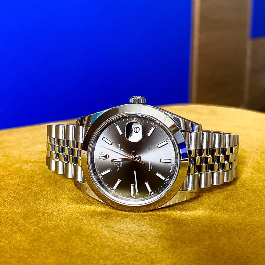 Montre homme de luxe Rolex Datejust 2 41mm cadran rhodium et bracelet jubilé - Corse, Paris