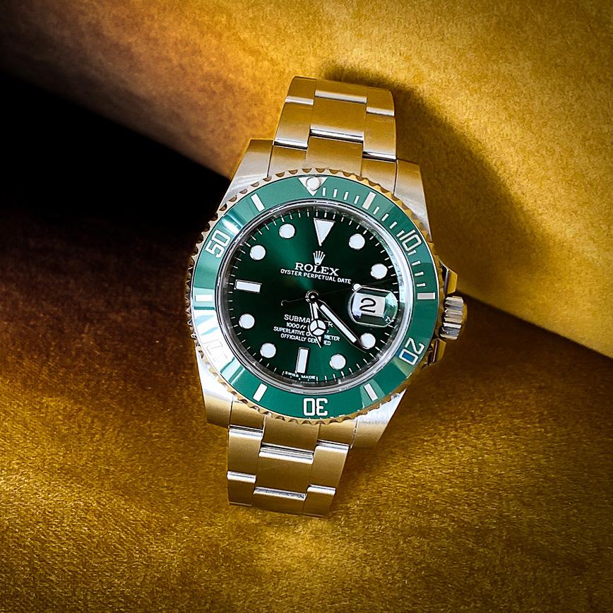 Montre homme de luxe Rolex Submariner Date ref 116610LV Hulk - Corse, Paris
