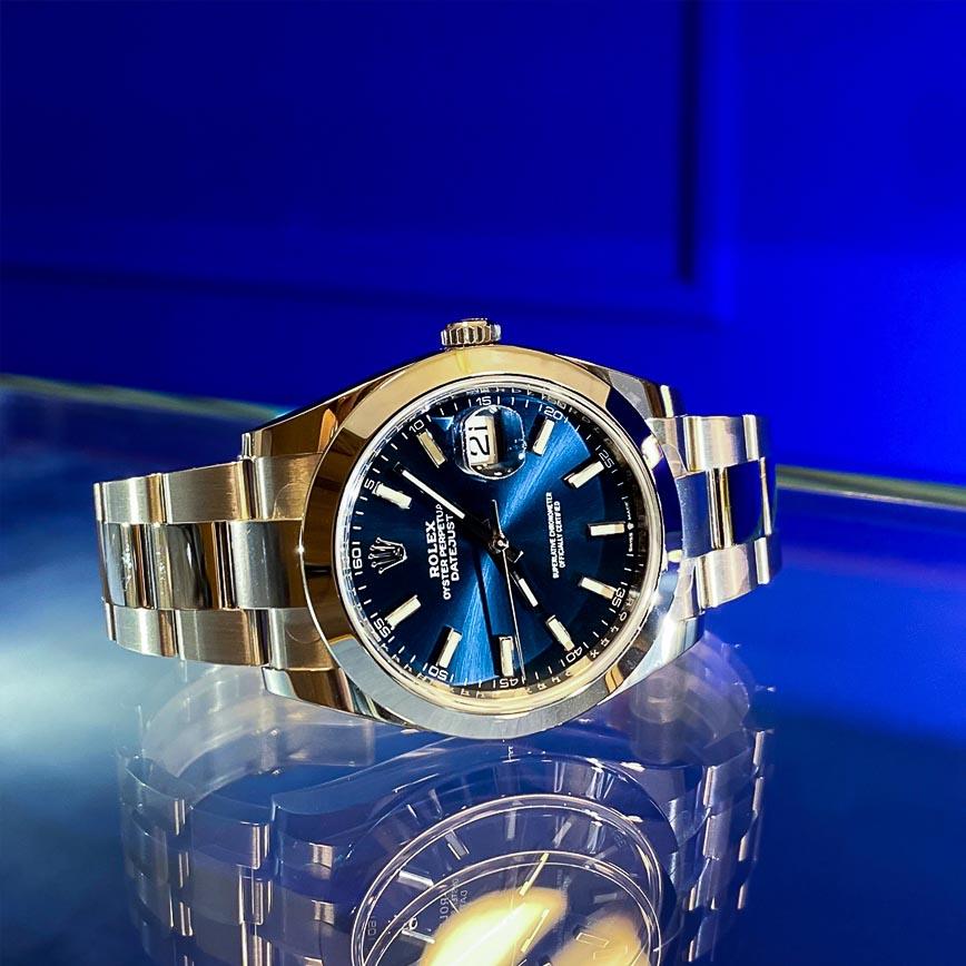 Montre homme Rolex Datejust II cadran bleu ref 126300 bracelet oyster - Corse, Paris