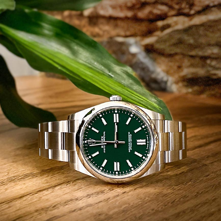 Montre homme Rolex Oyster Perpetual 41mm cadran vert ref.124300 - Corse ParisMontre homme Rolex Oyster Perpetual cadran vert 36mm ref.126000 - Corse Paris