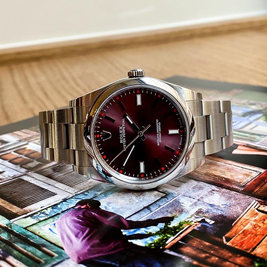 Montre homme Rolex Oyster Perpetual cadran violet ref. 114300 - Corse, Paris