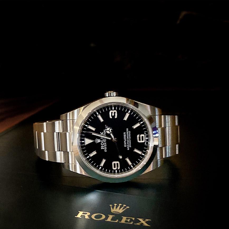 Rolex Explorer 1 ref.214270 cadran noir - Bastia, Paris