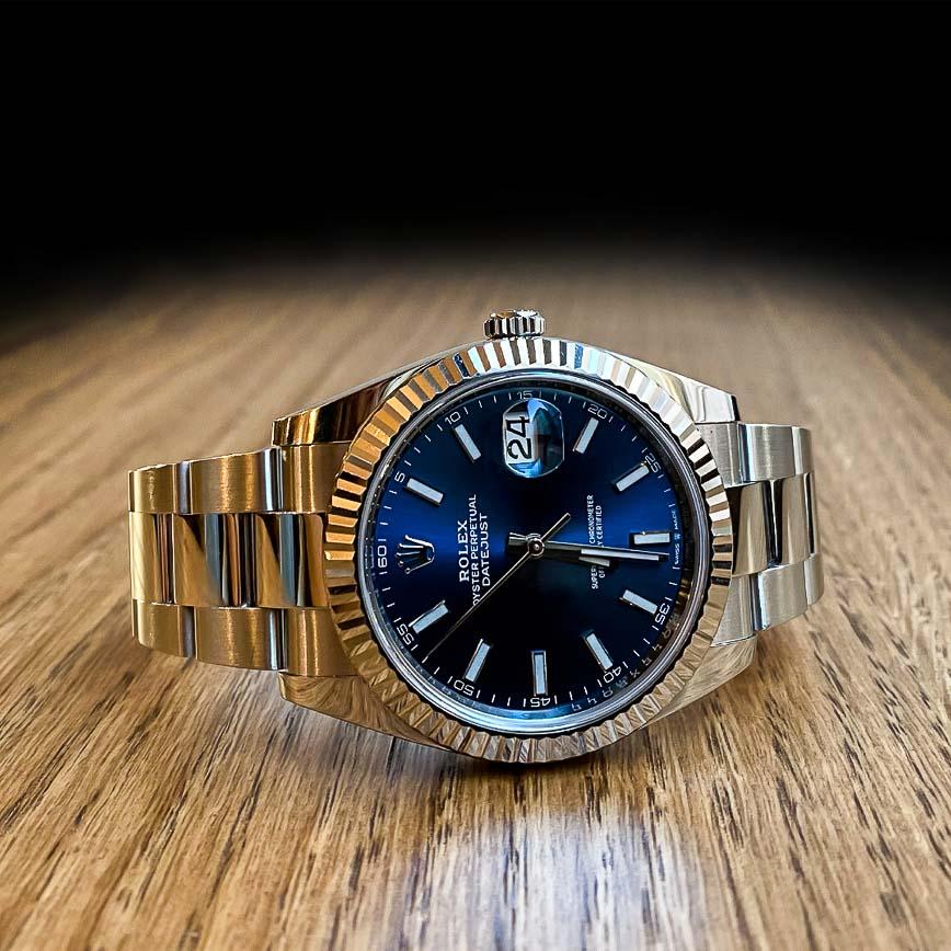 Montre homme Rolex Datejust 2 cadran bleu lunette cannelée or blanc ref.126334 - Corse, Paris
