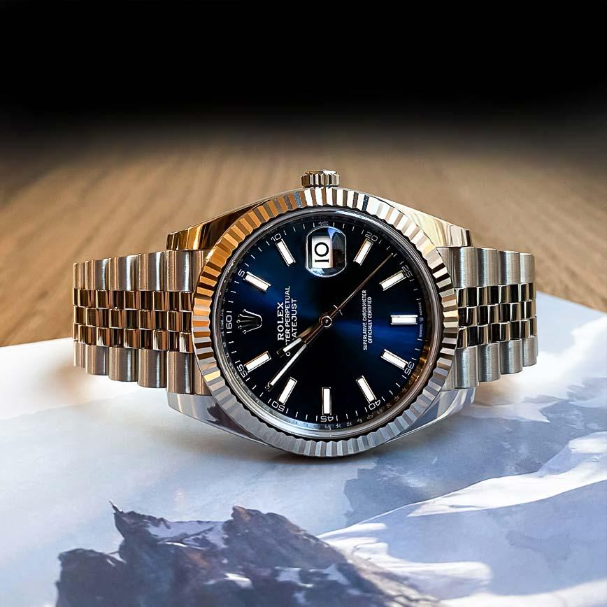 Rolex Datejust 2 cadran bleu lunette cannelée or blanc et bracelet jubilé ref.126334 - Bastia, Paris