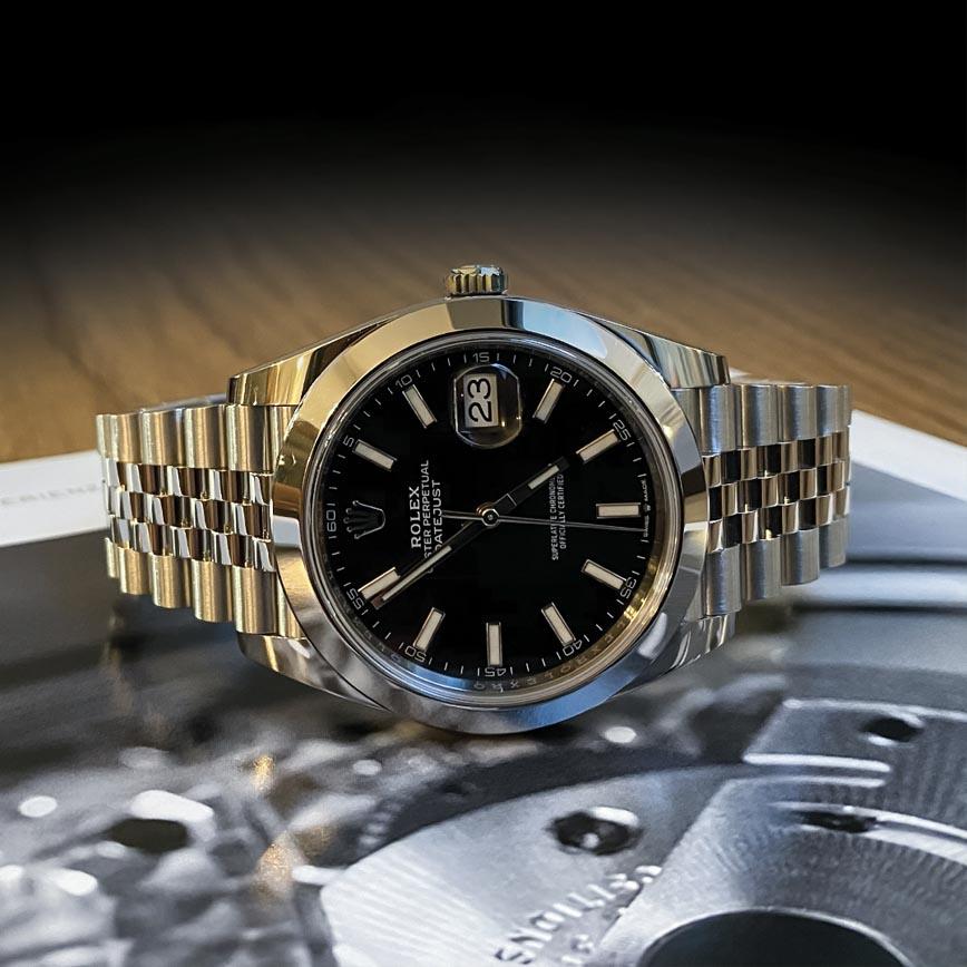 Montre homme Rolex Datejust ref.126300 cadran gris anthracite bracelet jubilé - Corse, Paris