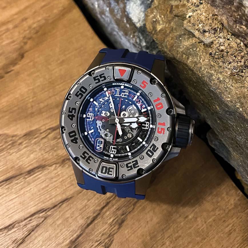 Richard Mille RM-028 bracelet caoutchouc bleu - Corse, Paris