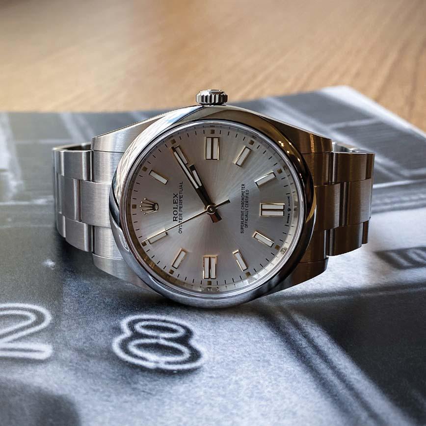 Montre homme Rolex Oyster Perpetual 41mm cadran argent ref.126300 - Corse, Paris
