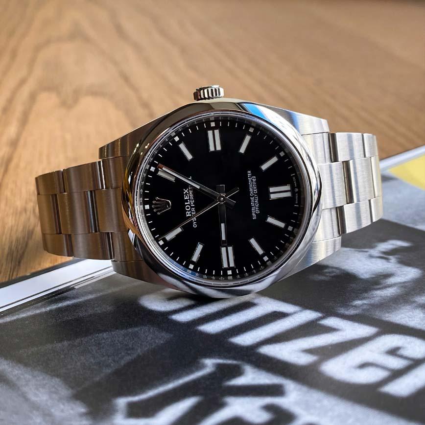 Montre homme Rolex Oyster Perpetual 41mm cadran noir ref.124300 - Corse, Paris